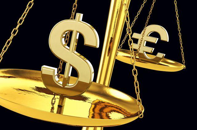 На доллар равняются все другие валюты