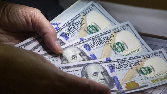 Курс доллара растет с каждым кварталом