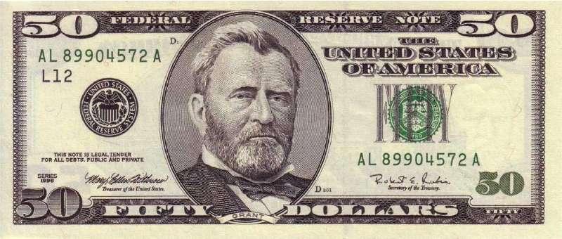 Доллары периодически обновляются по дизайну